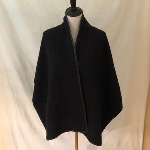 Classiques entier wool cape with leather trim